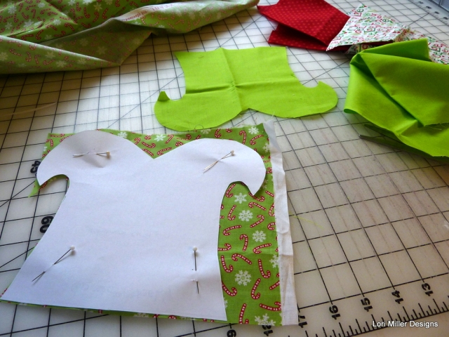 There is just one pattern piece to cut out of two coordinating fabrics ...