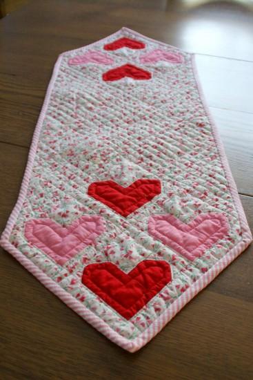 valentine heart quilt block 10