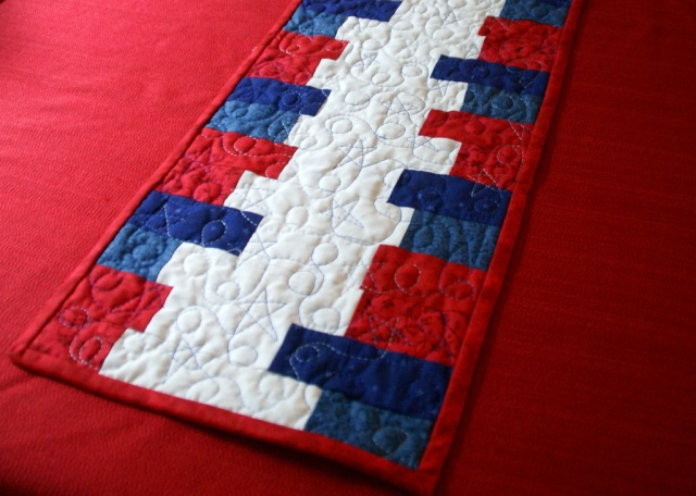 Astounding Patriotic Table Runner Lori Miller Designs Home Interior And Landscaping Eliaenasavecom